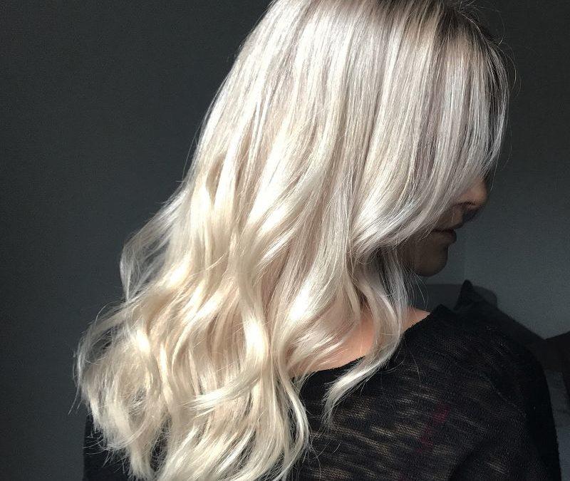 Die 5 besten Haarpflegeprodukte für geschmeidiges, gesund aussehendes und glänzendes Haar.